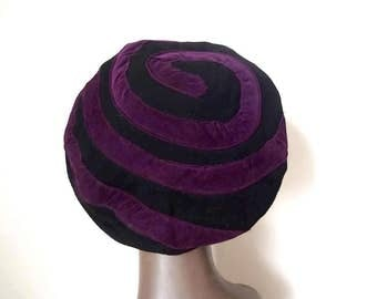 1940s Avant Garde Beret - wool hat with Spellbound spiral detail - art deco accessory
