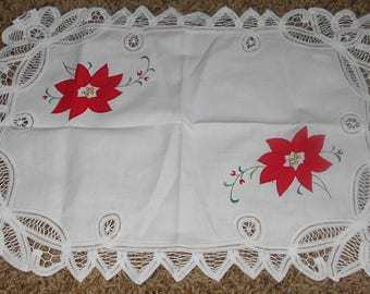 Poinsettia Placemats  (4) - Cotton Placemats - Christmas - Holiday