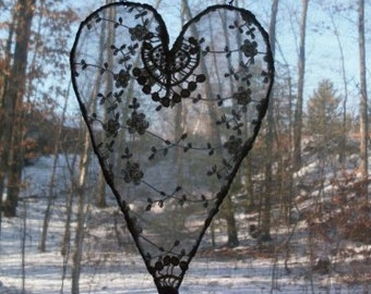 Shabby Chic White Lace Wire Hanging Heart  Rue23paris  We Ship Internationally