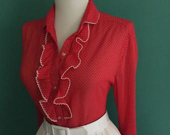 Sexy 1950s 1960s Red & White Atomic Polka Dot Print Button Down Long Sleeve Blouse Top w/ Ruffle Neck