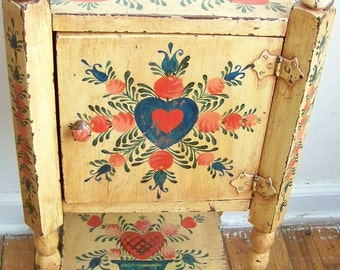 Antique Folk Art Hand Painted Early American Side Table