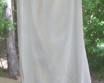 1910 Fine Linen Petticoat with Buttonhole Embroidery and Irish Crochet Lace Hem - Handmade - NC