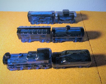 Vintage Cobalt Blue 6 Piece Vaseline Glass Train
