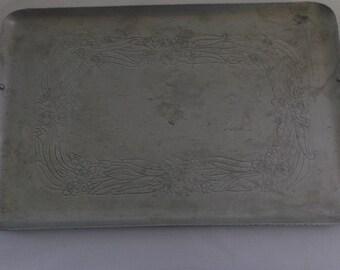 Vintage Tray, Everlast Hammered Aluminum Tray, 2 Handles