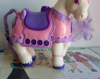 Vintage eighties  girly toy Pastel KEYPERS horse pony treasure stash jewelry box storage