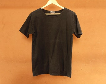 vintage FADED black t-shirt SCOOP neck PHOTO brand slouchy basic normcore shirt