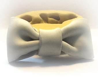 Large Bow mold  flexible silicone mold /chocolate mold/ candy mold//clay, resin, sweets, pmc,Fondant, wax and more