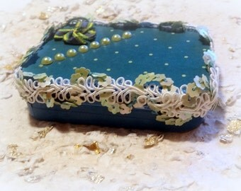 Altered Altoid Tin Box, Turquoise, Gift Box, Gift Card Box, Keepsake Box, Stocking Stuffer, Mint Tin