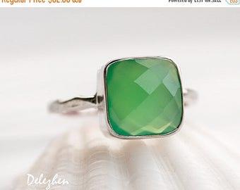 40 OFF - Lime Green Chrysoprase Ring - Sea foam Green Ring - Gemstone Ring - Stacking Ring - Silver Ring - Cushion Cut Ring