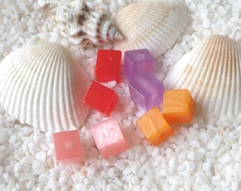 Resin Moonglow Cube Beads - 7mm - CHOICE OF 25 or 50 pcs