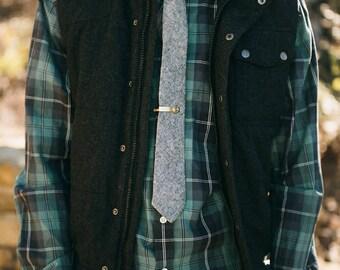 Skinny Tie || Gray Chambray