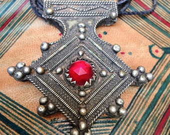 Old Berber Southern Cross with Red Glass incl. Leather Cords