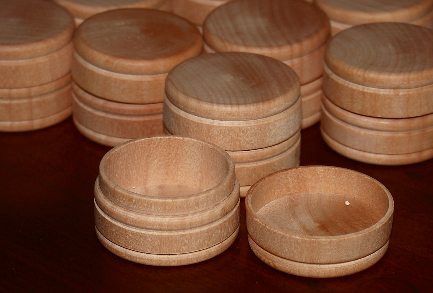 5 round small wood boxes w lids unfinished 1 x by modeltrains. Black Bedroom Furniture Sets. Home Design Ideas