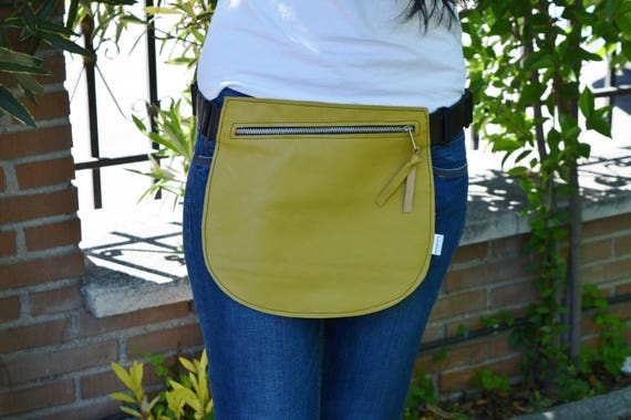Leather waist bag,Belt bag,hip leather bag,fanny pack leather,yellow bag,hip belt bag,rider bag,leather fanny,zipper waist,yellow purse bag