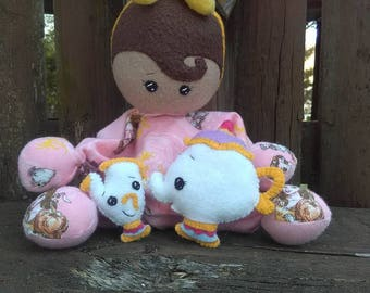 BUMBLE BABY- Belle with mini plushies