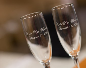 Etched champagne flutes, Bride and Groom names and wedding date, toasting flutes for wedding, Engraved Mr. Mrs. Personalized glasses.