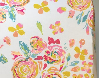 Watercolor Floral Crib Sheet / Girls Crib Bedding, Mini Crib Sheets, Floral Baby Bedding, Baby Girl Bedding, Floral Nursery, Mini Crib Sheet