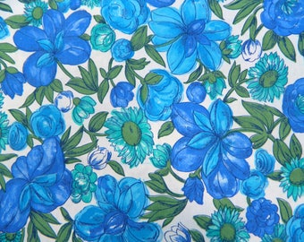 Vintage 1960s Floral Fabric ... Large Print Floral  Cotton Material ... 1 yard
