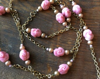 Vintage 1930s pink art glass and pearl necklace