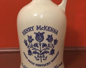 Henry McKenna jug Hand Made Kentucky Whiskey crock ceramic bottle pottery whiskey cask 4/5 quart jug blue white glazed crock bourbon bottle