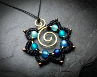 Macrame Mandala Necklace BLUE Hippie Flower Pendant Brass Wirework Colorful Eyecatcher Blossom Statement Gypsy Jewelry Wire Wrapped