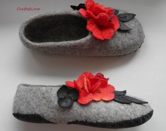 Felted slippers, women slippers, wool slippers with leather soles, gray red black, Warm bedroom slippers, new grandma gift - Made to order