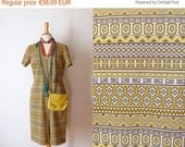 50%wintersale 60s white yellow navajo printed front zippered short sleeved knit shift day dress L