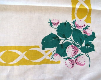 1950s Startex Strawberry Tablecloth Strawberries Fruit Table Linens Shabby Chic Country Farm House Mid Century Modern Vintage Table Linens