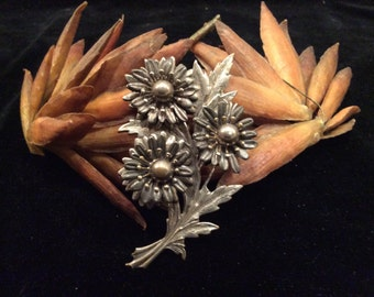 Vintage Silver Toned Flower Brooch Pin, Vintage Jewelry