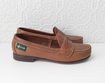 Penny Loafers, Brown Leather Shoes, White Topstitching,  Preppy Slip-ons, College Flats, by Eastland, Size 6 Ladies, Made in USA, Vintage