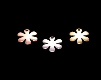 3 flower charms, tri color gold