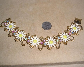 Vintage Rhinestone Enamel Daisy Book Chain Bracelet 1950's Jewelry 3057
