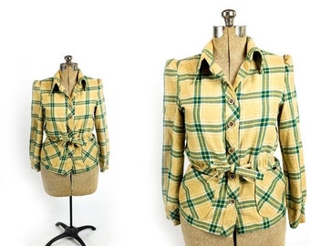 HOLIDAY SALE Vintage 1970s Does 1940s Tan and Green Plaid Flannel Puff Shoulder Tie Waist Peplum Blazer Hunting Jacket Size M Medium
