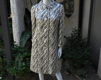 Vintage 1960's Robert Leonard Gold Metallic Brocade Dress & Coat Set - Size 14
