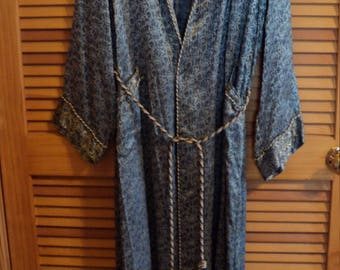 Vintage Long Robe Blue Brocade ~ Man's Size Small or Woman's Medium ~ Great Condition