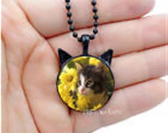 Vintage Style Cabochon Glass Necklace Kitten, Cat with Sunflowers