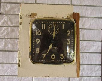 Primitive Mounted Clock/Vintage Ingraham Sentinel/Rustic Wood Block/Chippy White Paint/Farmhouse Display/Vintage Clock Parts