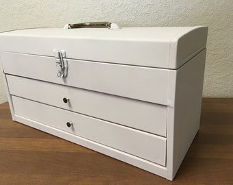 Vintage metal machinist chest, vintage jewelers Chest