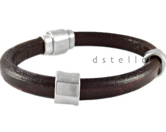 Mens leather bracelet - First quality Spanish leather cuff with antique silver faceted beads - Strong and secure magnetic clasp
