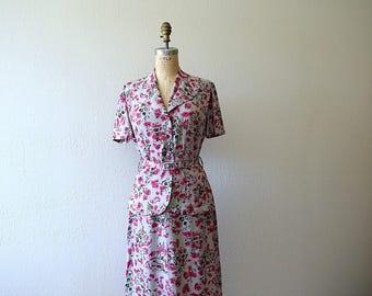 1940s novelty print dress . vintage 40s rayon dress