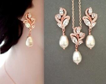 Rose gold pearl earrings, Cubic zirconia's, Brides earrings, Pearl drop earrings, Marquise cut, Rose gold wedding earrings, LILLY