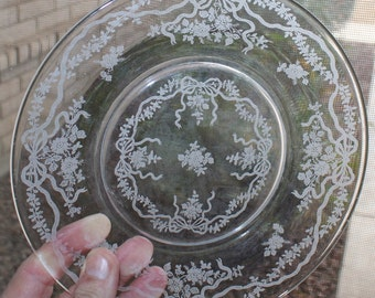 Pretty, Set of 4, Vintage Fostoria Romance, Salad Plates