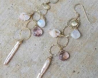 Beach Chic Dangle Earrings - beach jewelry, shell jewelry, hawaii jewelry, hawaii, kauai