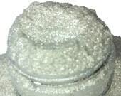 La Luna White Crystal  Mineral Eye Shadow 5g Sifter Jar Gray eyeshadow Vegan Natural mineral Mica Makeup