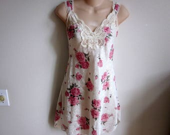 SALE Lucie Ann nightgown silky floral babydoll shortie S