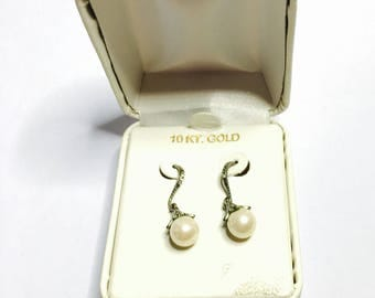10k White Gold Earrings, White Pearls and CZ, made in Israel, Clearance Sale, Item No. S401