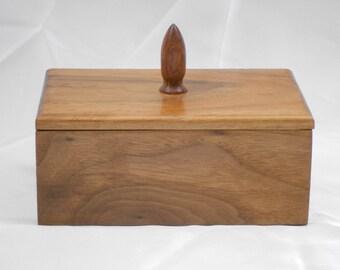 Eyeglass storage box in Walnut