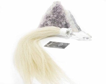 Glass Butt plug Horse hair flogger in white with cone plug