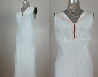 Moving Sale...30% Off Vintage 1930s 1940s Nightgown 30s 40s Mint Green Silk Lingerie Size M