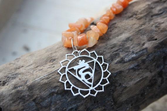 CHAKRA GEMSTONE NECKLACE - Red Aventurine Necklace- Gemstone Chip- Crystals- Reiki Necklace- Throat Chakra- Mandala- Gemstone Necklace-